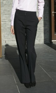Prestige Diffusion - Pantalon Droit Femme - Coloris Marine Rayé